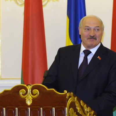'People Will Raise Me Up on Pitchforks': Lukashenko Explains Why He's Resisted Coronavirus Lockdown