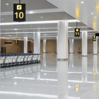 Queues at Heathrow Are a Quarter Mile Long Thanks to 'Pingdemic'