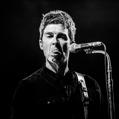 Noel - what are you DOING? 'Vaccine sceptic' Noel Gallagher is convinced to get Covid jab by his idiot doctor who tells Oasis frontman he'd be a 'fool not to have it'. No - actually, the opposite is the case