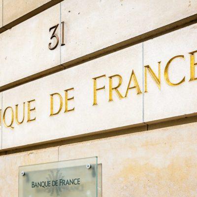 Paris Rothschild bank burning