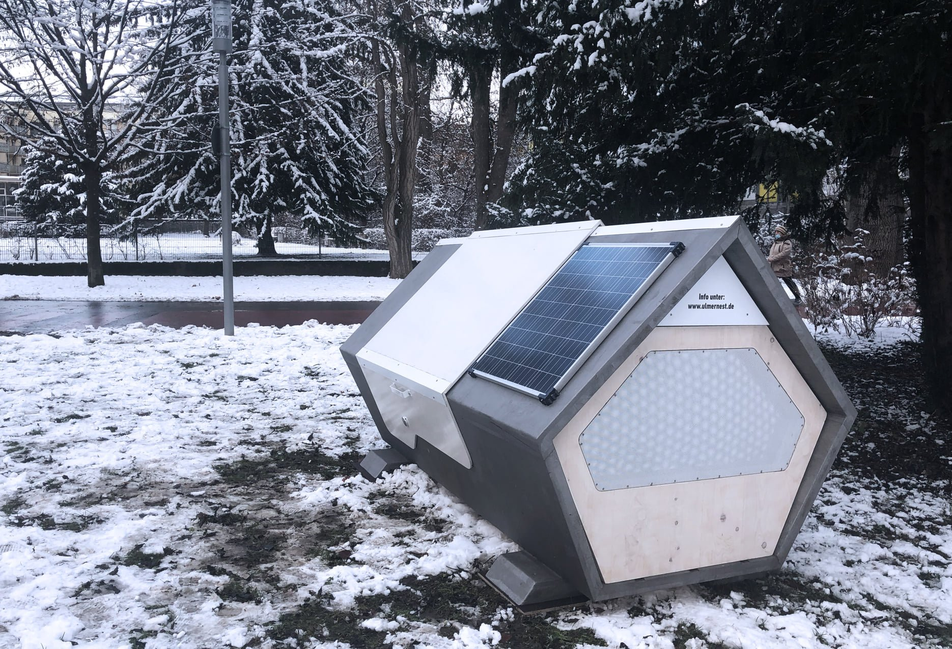 "Homeless In Germany Offered Futuristic ""Coffin-Like"" Pods To Sleep In — Connected to Internet of Things – David Icke"